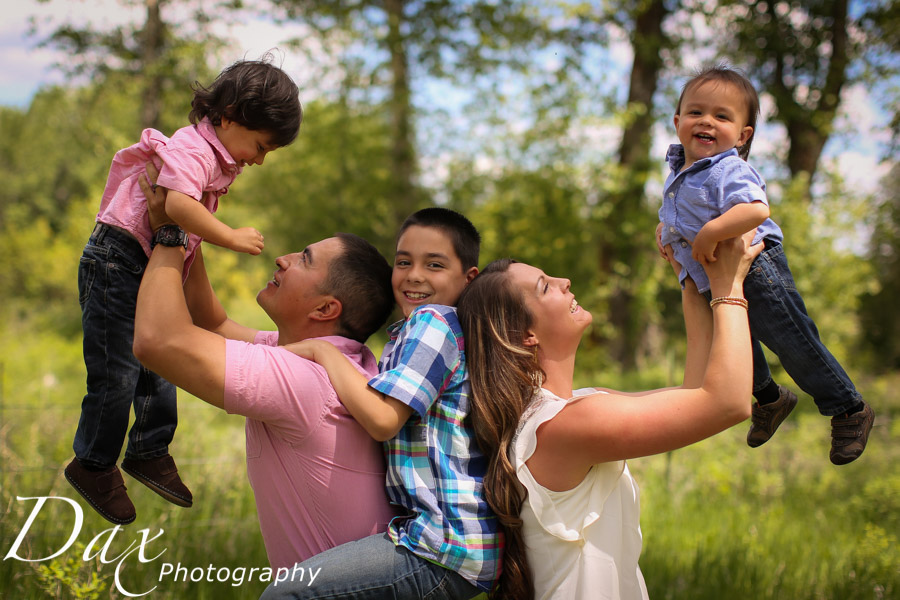wpid-Family-Portrait-Photographers-Missoula-Montana-Dax-2370.jpg
