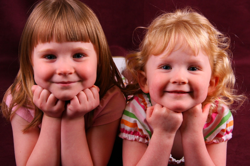Two adorable children at the Missoula help portrait event
