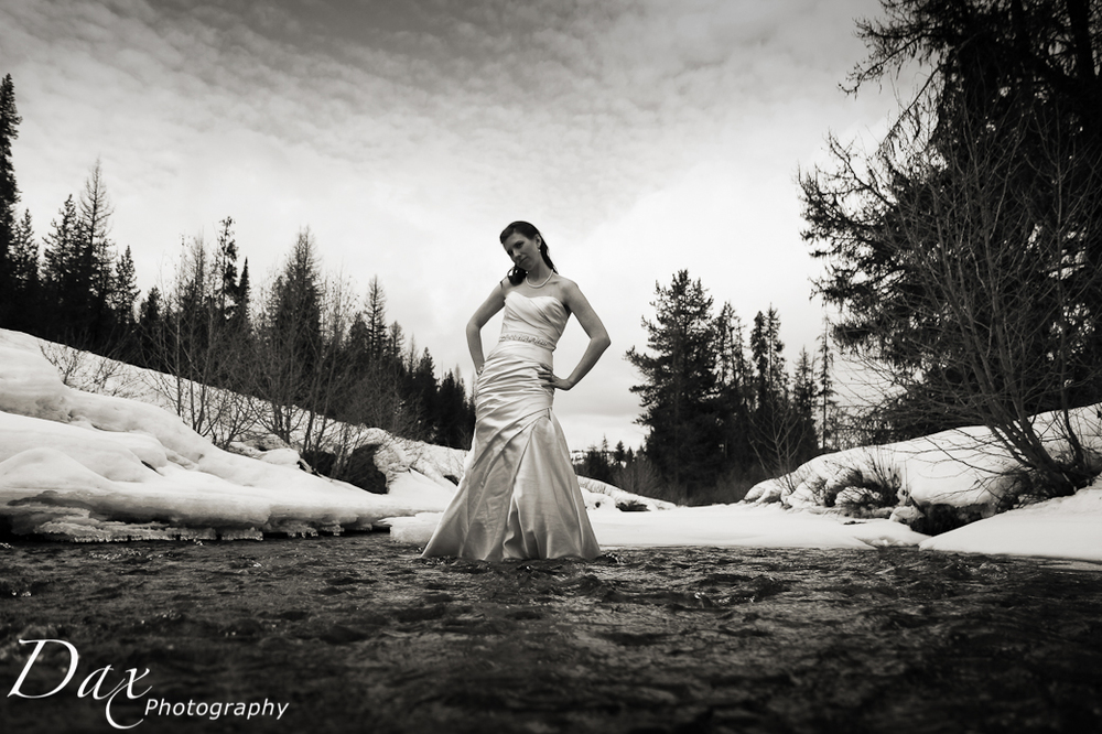 wpid-Wedding-trash-the-dress-Winter-5.jpg