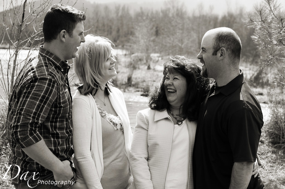 wpid-Missoula-Family-Portrait-16.jpg