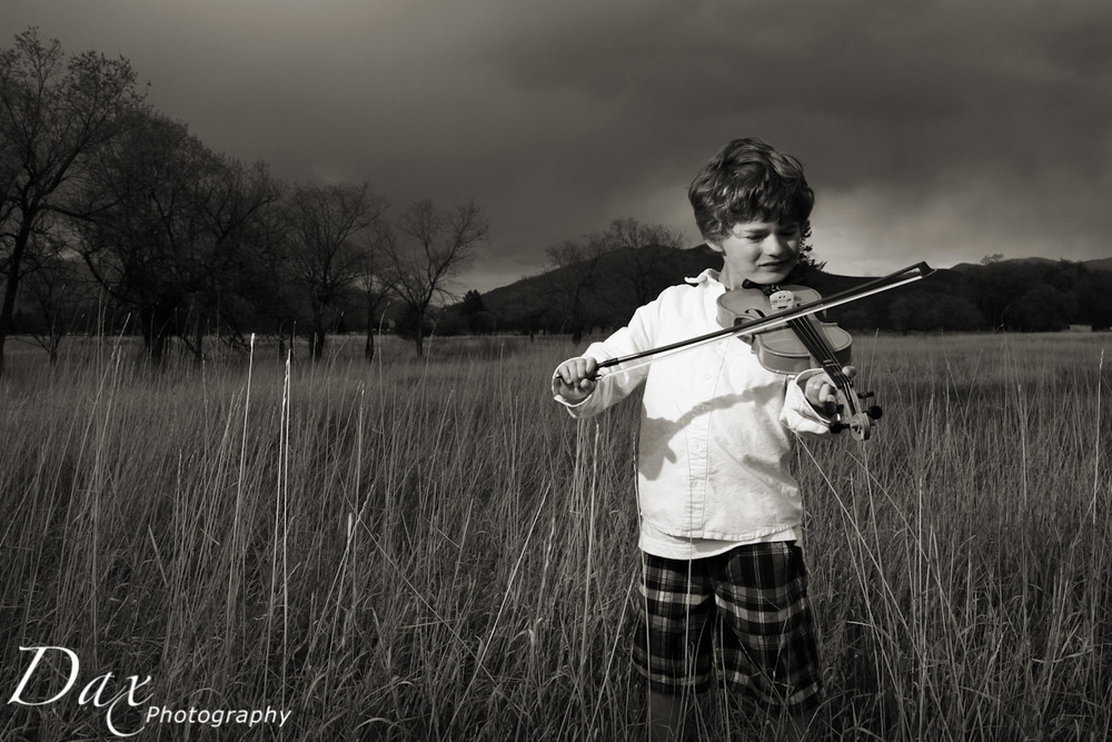 wpid-Child-with-violin-.jpg