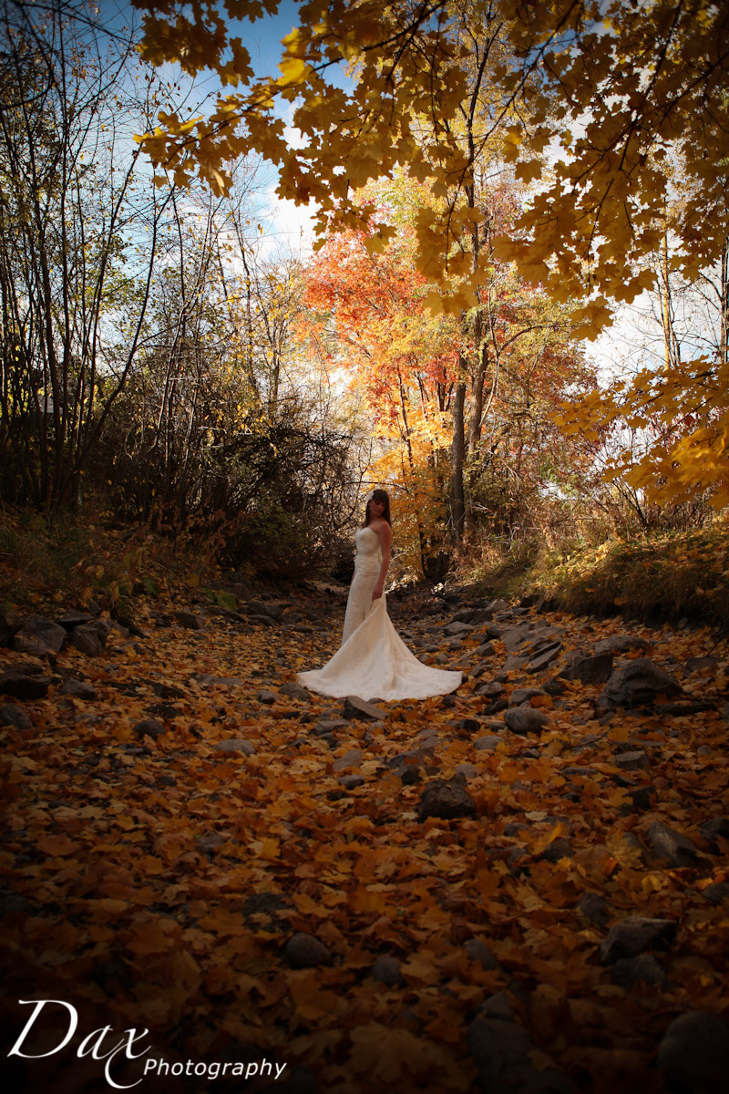 wpid-Trash-the-dress-in-the-fall-8134.jpg