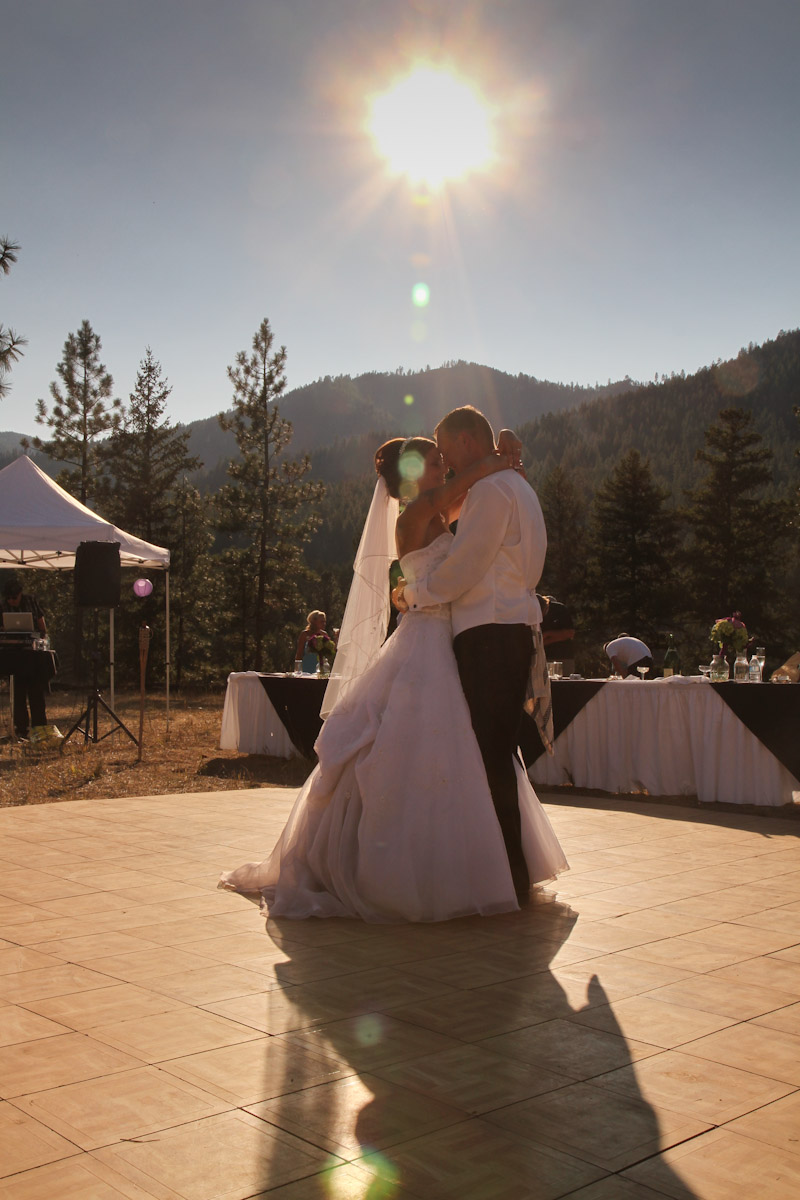 wpid-Wedding-at-Montana-River-Lodge-20912.jpg
