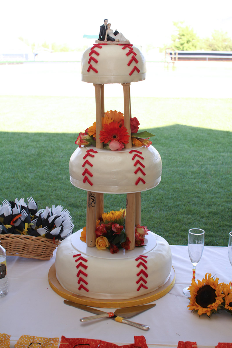 wpid-Wedding-in-baseball-stadium-5745.jpg