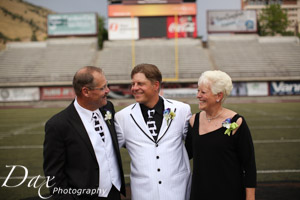 wpid-Missoula-wedding-photography-UM-Washington-Grizzly-Stadium-Dax-photographers-4621.jpg
