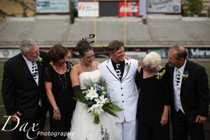 wpid-Missoula-wedding-photography-UM-Washington-Grizzly-Stadium-Dax-photographers-4754.jpg