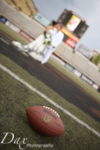 wpid-Missoula-wedding-photography-UM-Washington-Grizzly-Stadium-Dax-photographers-5046.jpg