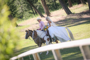 wpid-Wedding-Photography-on-Ranch-in-Missoula-Dax-Photography-6471.jpg