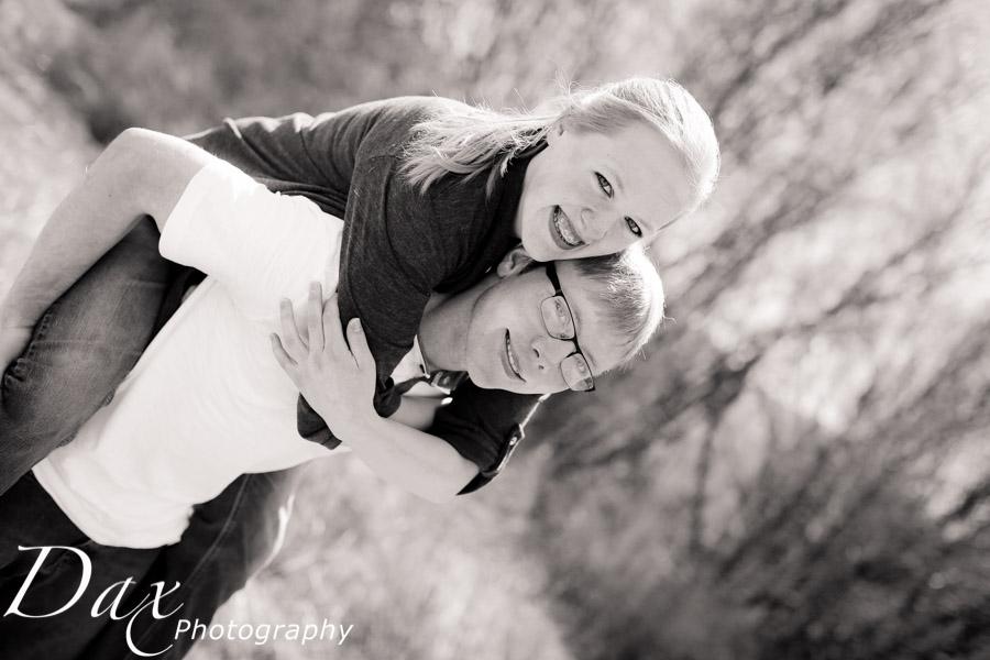 wpid-Newborn-baby-photographs-Missoula-Montana-Dax-4117.jpg