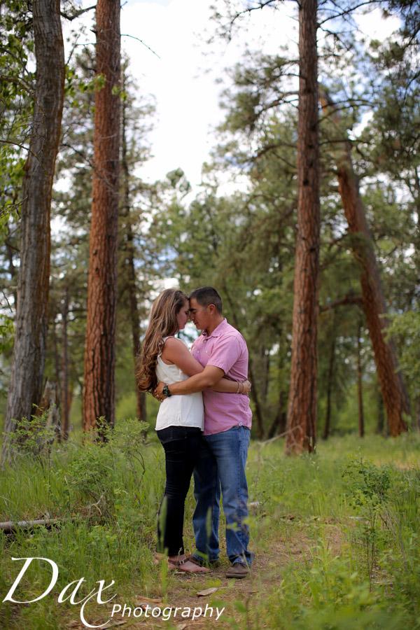 wpid-Family-Portrait-Photographers-Missoula-Montana-Dax-3940.jpg