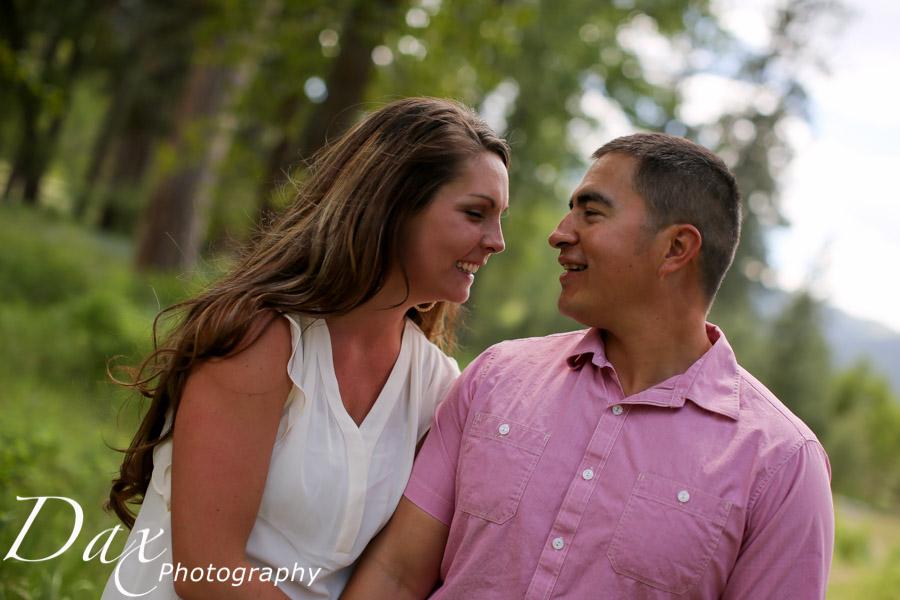 wpid-Family-Portrait-Photographers-Missoula-Montana-Dax-4319.jpg