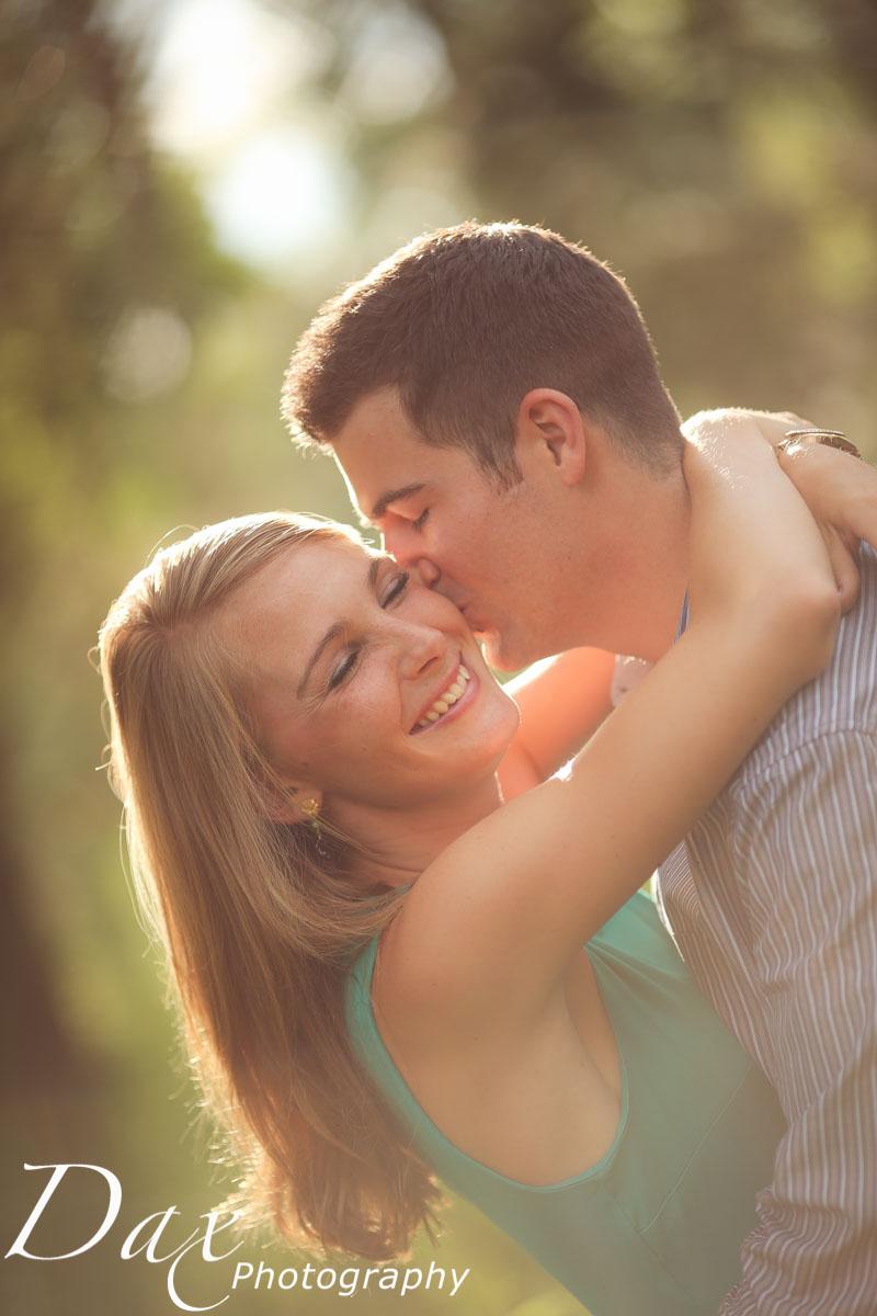 wpid-Engagement-Portrait-Montana-Dax-Photography-6091.jpg