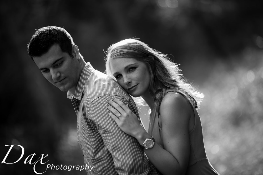 wpid-Engagement-Portrait-Montana-Dax-Photography-5633.jpg