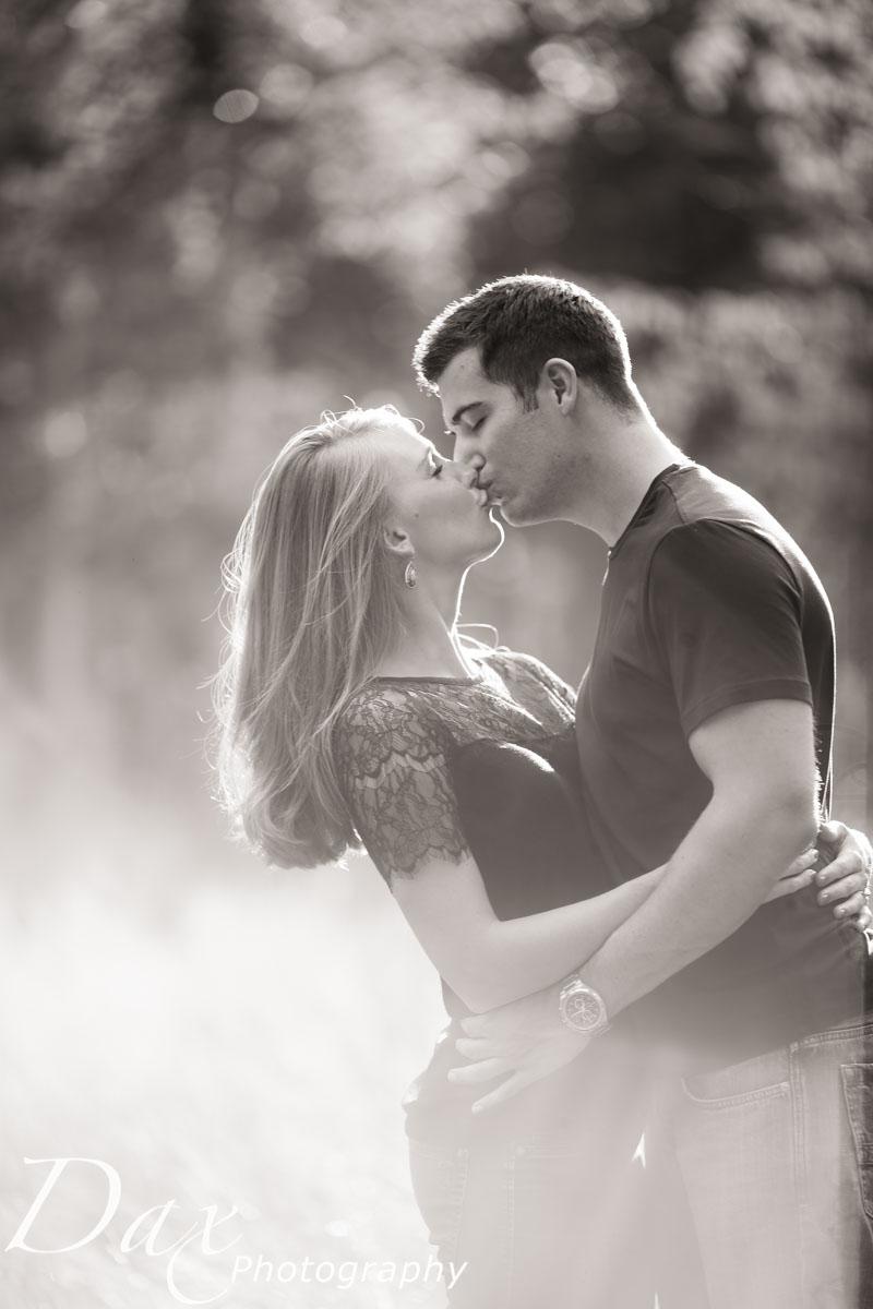 wpid-Engagement-Portrait-Montana-Dax-Photography-6252.jpg