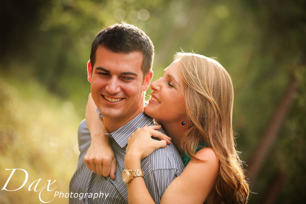 wpid-Engagement-Portrait-Montana-Dax-Photography-5725.jpg