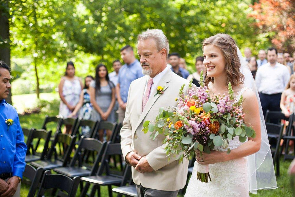 dd cincinnati wedding photographer ceremony0007.jpg