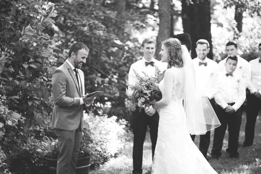 dd cincinnati wedding photographer ceremony0009.jpg