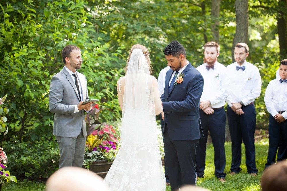 dd cincinnati wedding photographer ceremony0010.jpg