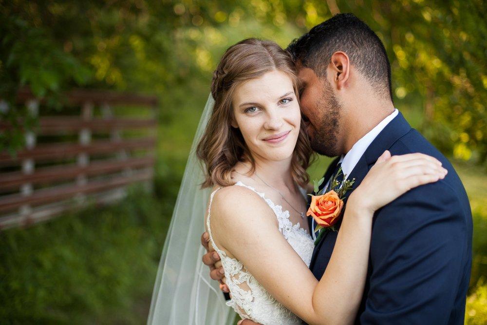 ee cincinnati wedding photographer brideandgroom0004.jpg