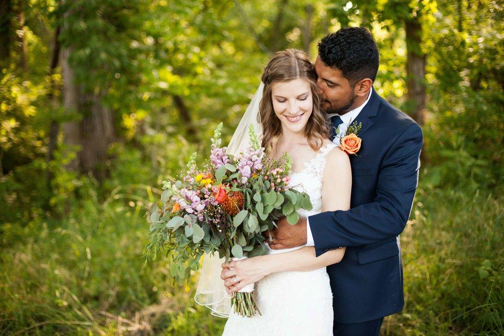 ee cincinnati wedding photographer brideandgroom0005.jpg
