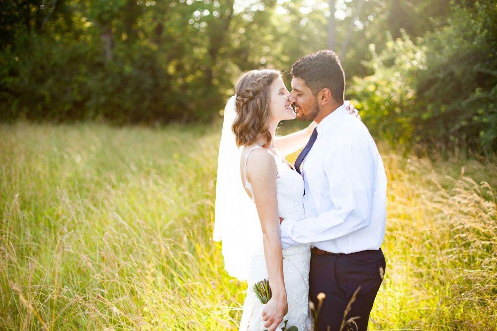 ee cincinnati wedding photographer brideandgroom0008.jpg