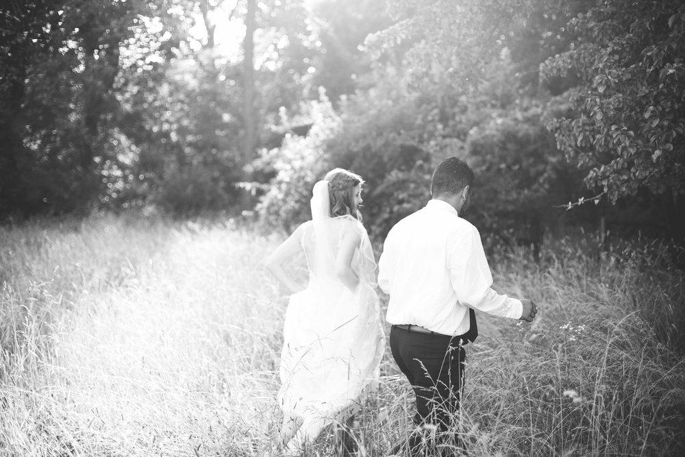 ee cincinnati wedding photographer brideandgroom0009.jpg