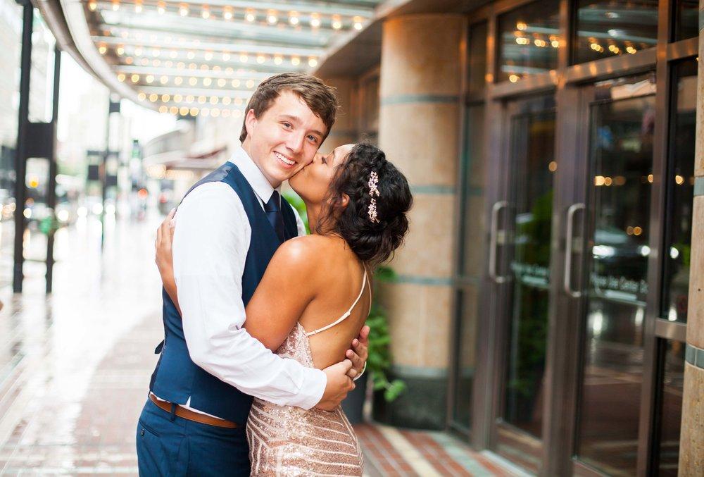 Cincinnati couple photoshoot 12.jpg