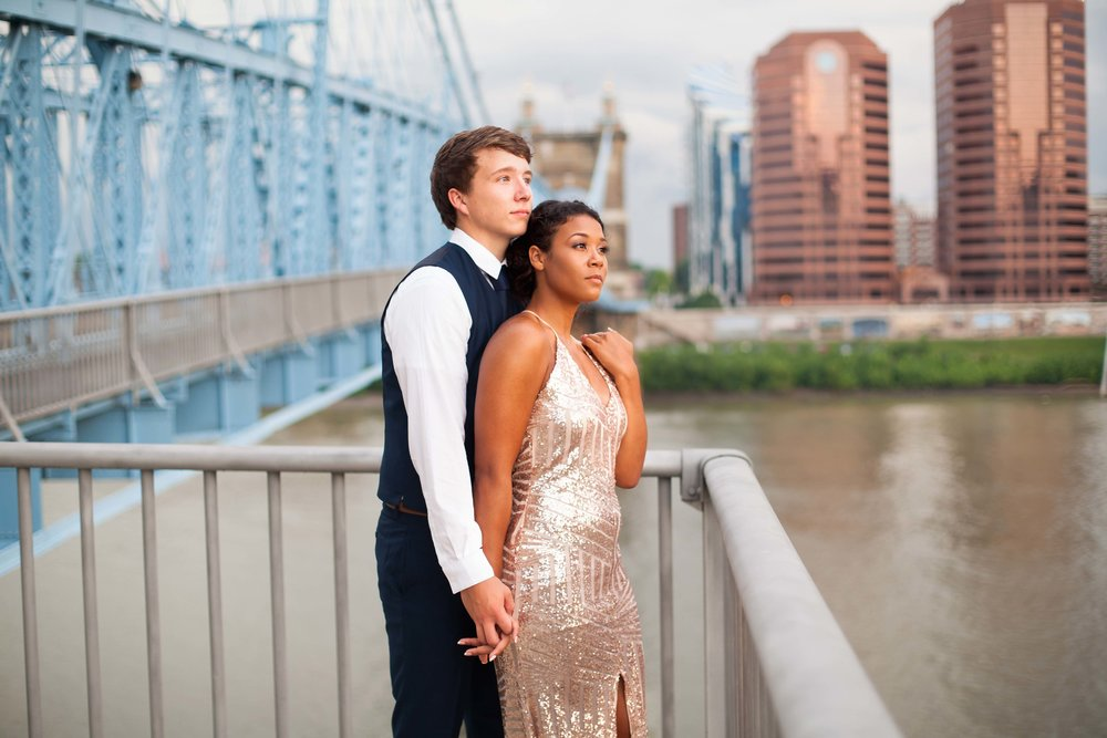 Cincinnati couple photoshoot 13.jpg