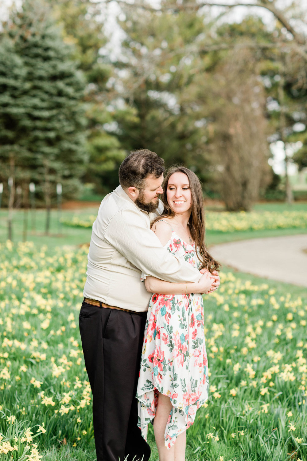 dayton ohio photographer cox arboretum engagement pictures (4 of 8).jpg