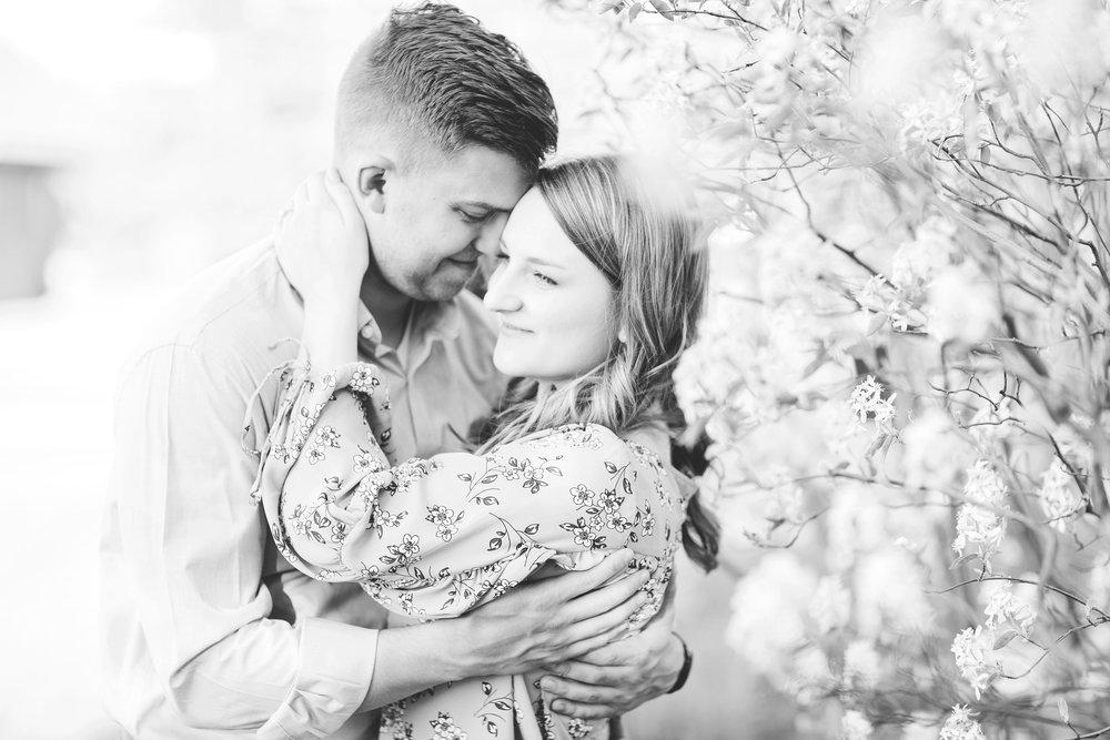 dayton wedding photographer cox arboretum engagement session lauren day photography-11.jpg
