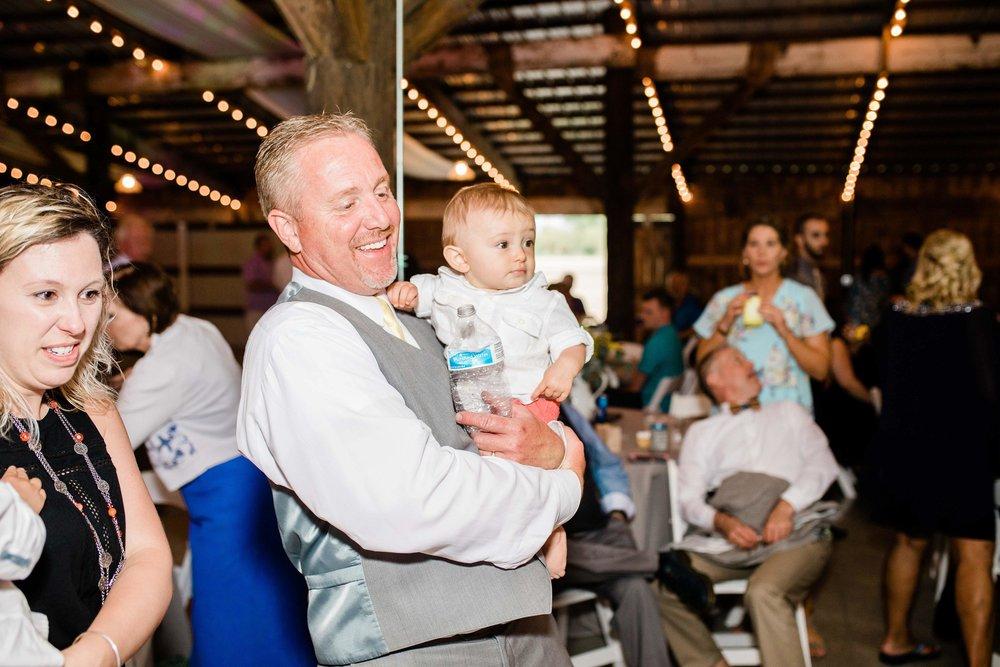 r buckeye barn southwest ohio wedding photographer-10.jpg