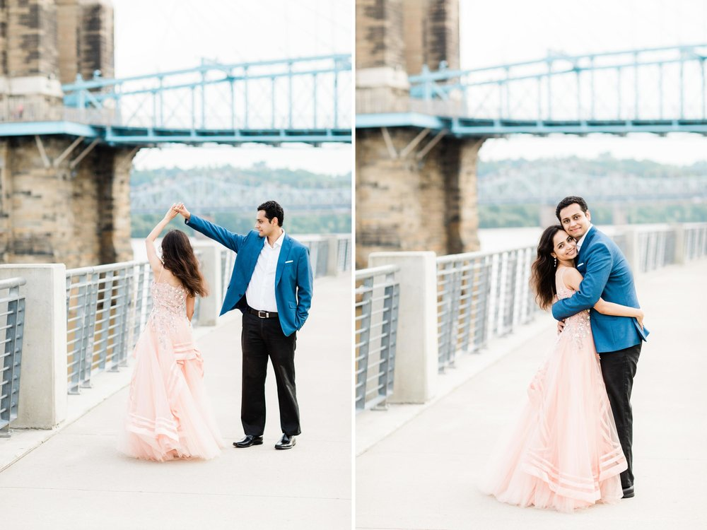 roebling bridge engagement pictures.jpg