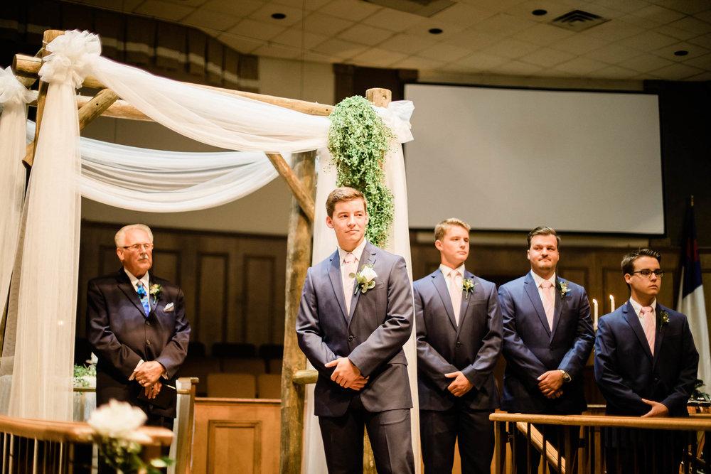 grace baptist church middletown ohio wedding photographer-1.jpg