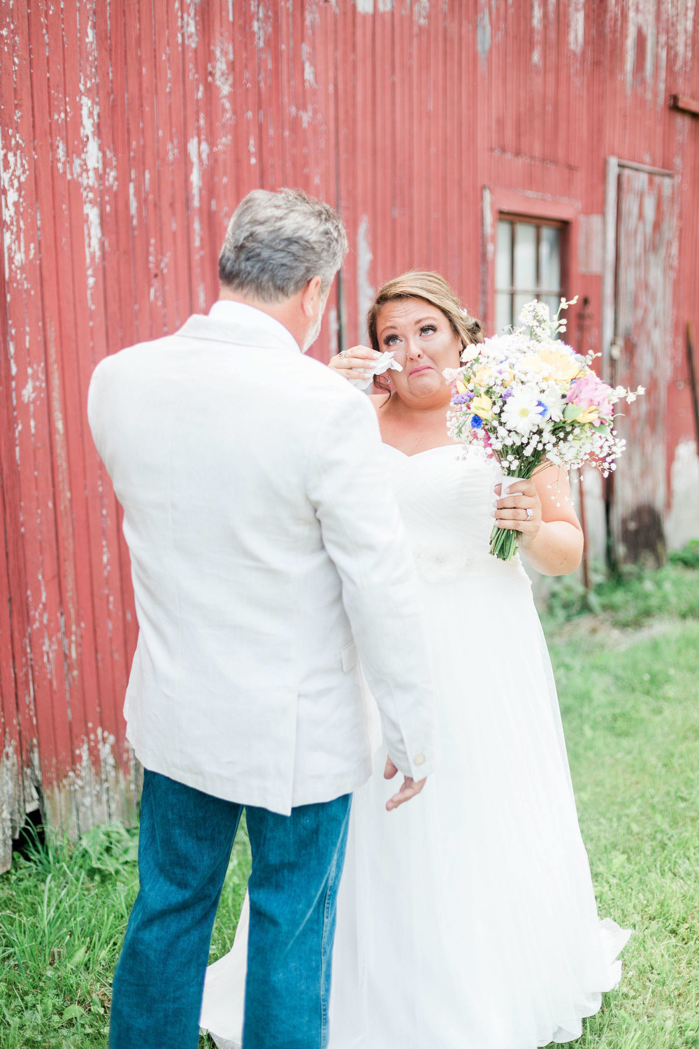 barn wedding blanchester ohio photographer-6.jpg