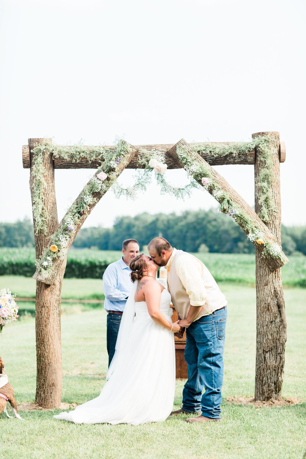 barn wedding blanchester ohio photographer-28.jpg