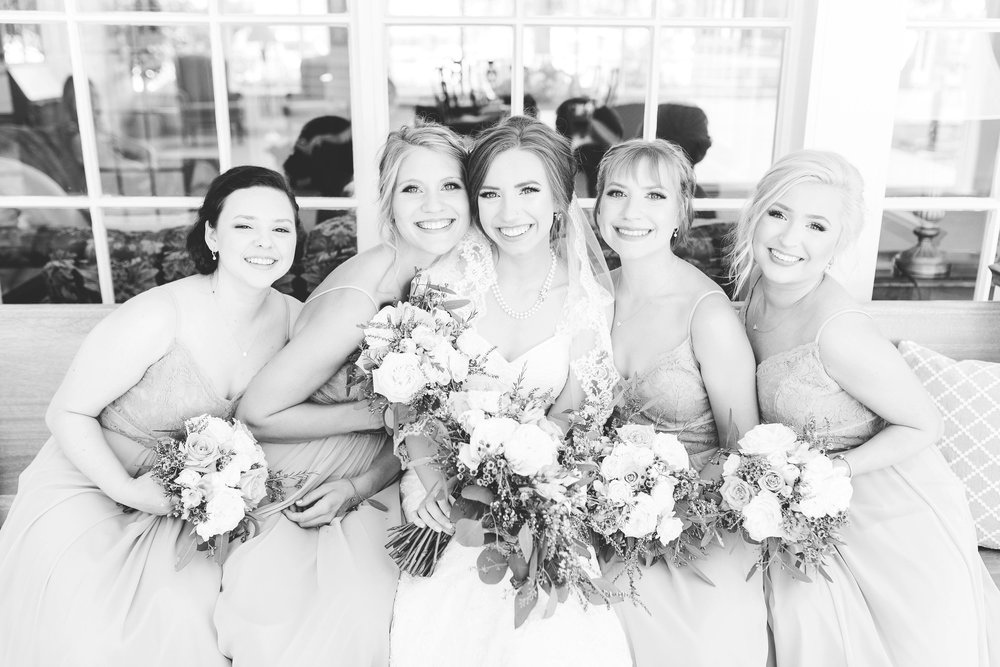 lauren day photography cincinnati wedding photographer bridal party pictures-4.jpg