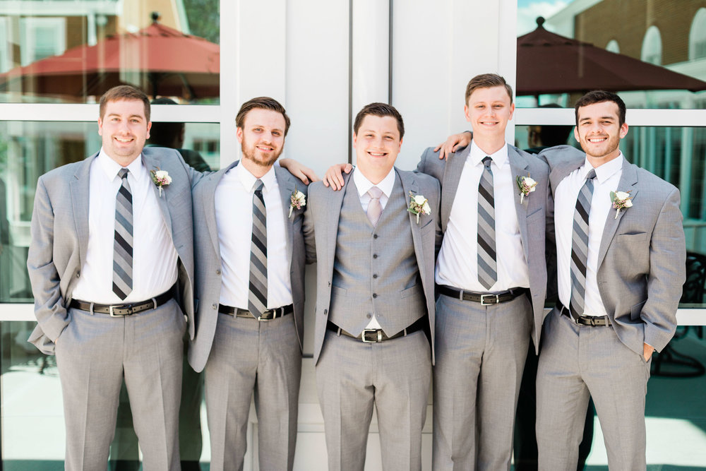 lauren day photography cincinnati wedding photographer bridal party pictures-5.jpg