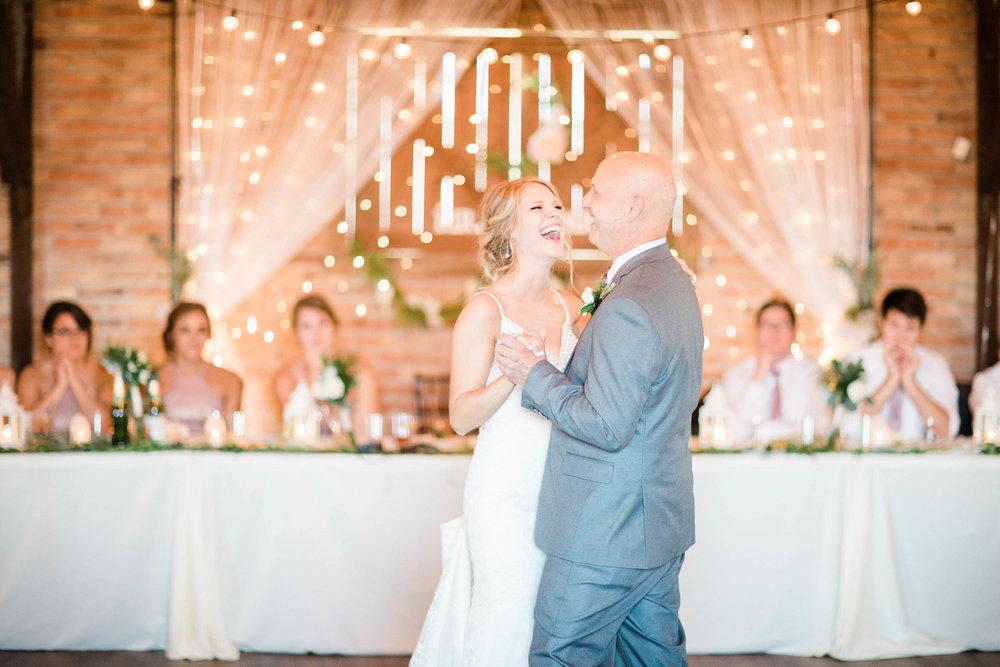 lauren day photography ohio wedding photographer-4.jpg