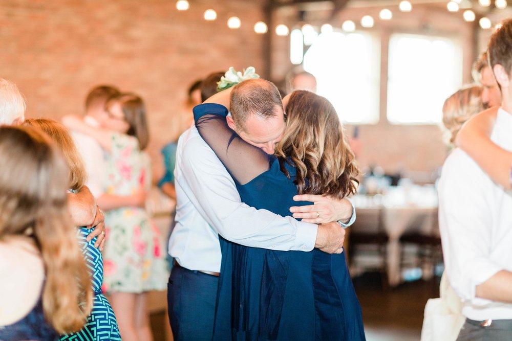 lauren day photography ohio wedding photographer-8.jpg