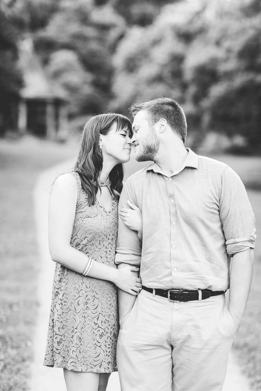 eden park engagement pictures cincinnati wedding photographer-8.jpg