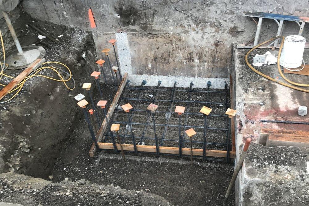 12 kVA Vault Suspended Vault Slab Rebar.jpg