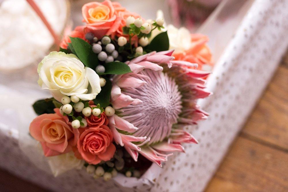 Protea bouquet 1.jpg