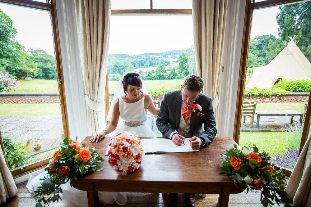 Nanpantan Hall wedding 15.jpg