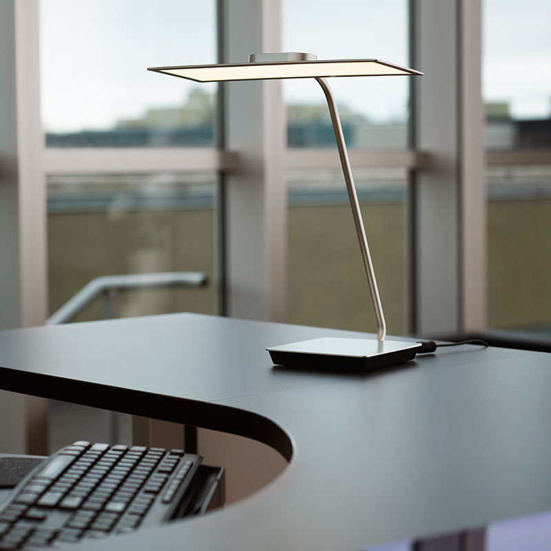Natural OLED Desk Light