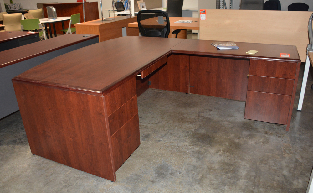 Copy of Executive L desk 72''x 90'' Used $399.00