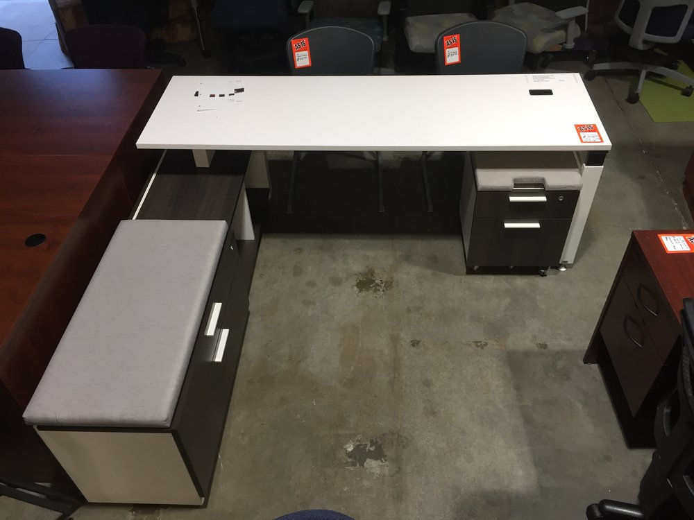 Copy of Tayco Workstation  72'' X 78''  $350.00