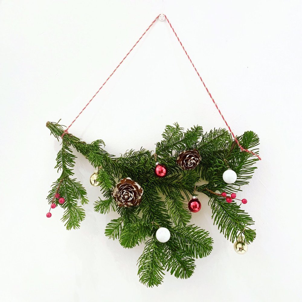 Holiday Bough Wreath Workshop, Taught by Fractal Flora, Saturday, Dec. 15, 3 PM to 4:30 PM - Make your very own holiday wreath! This wreath is made with beautifully dried florals to make it last! Bring a friend or two to spread the holiday cheer!Supplies, snacks, and sips are provided.
