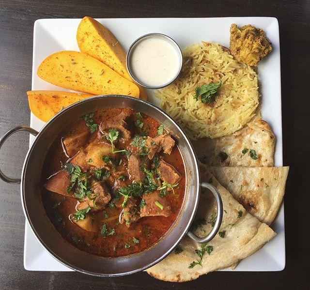 Aloo Gosht : lamb and red potato in a broth of black cardamom and clove #pakistani #chaishai #kansascity
