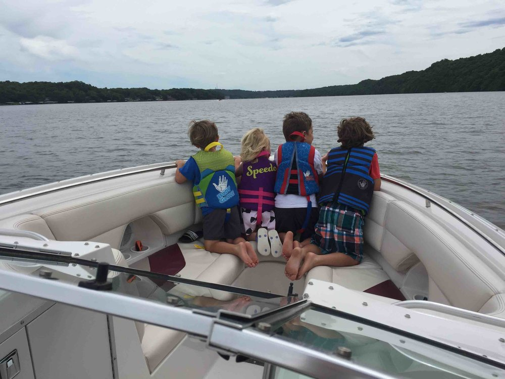 The Ellis kids and cousins boating! - Ellis Dental