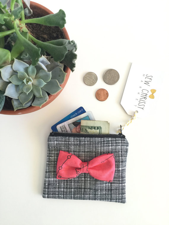 sew chrissy - black with pink bow